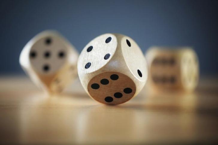 """投資とギャンブルの""""境界線"""""""